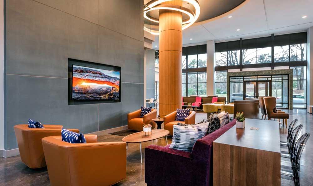 Classy community amenities at Berkshire Chapel Hill