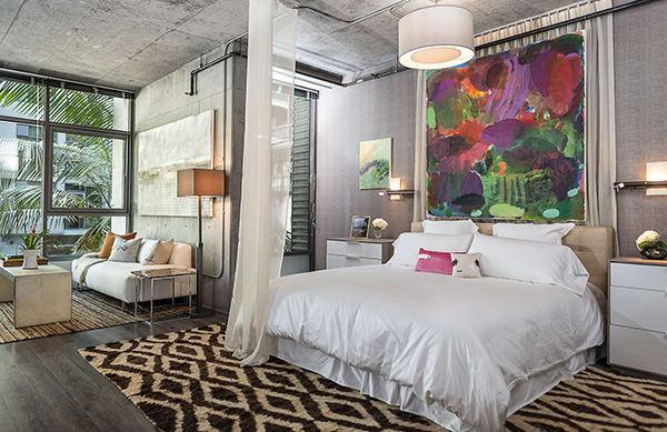 Bright modern bedroom at Met Lofts