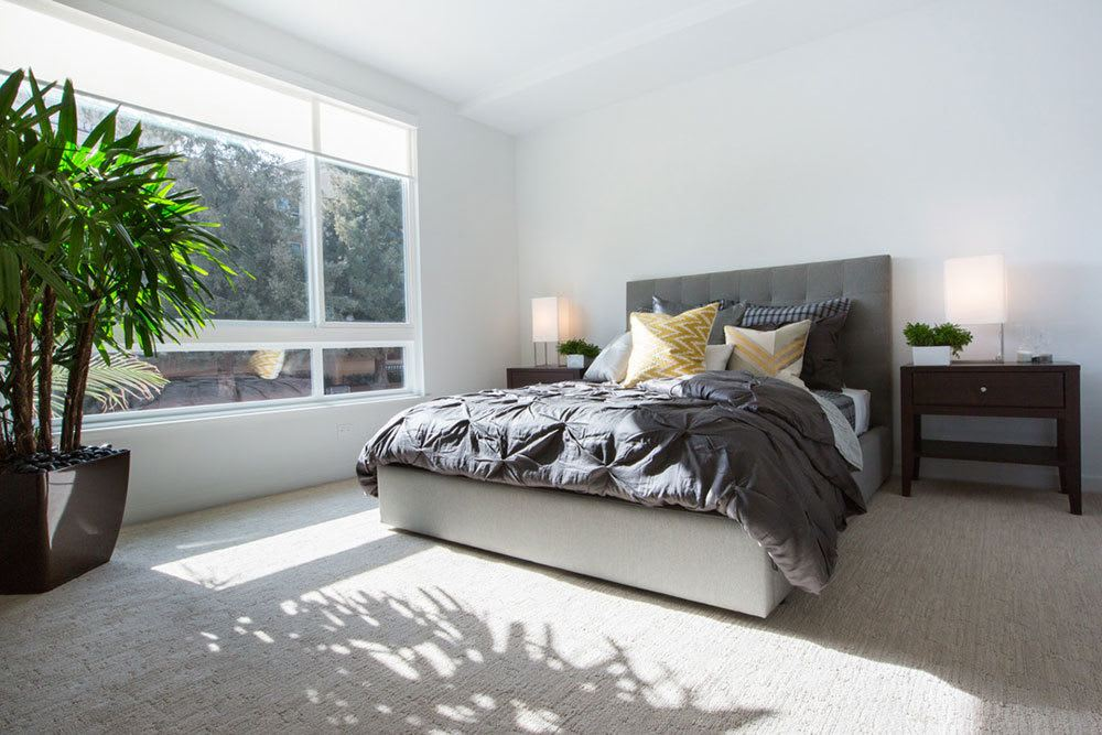 Spacious bedroom at Aire