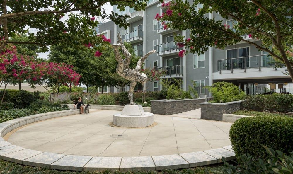Courtyard at apartments in GA