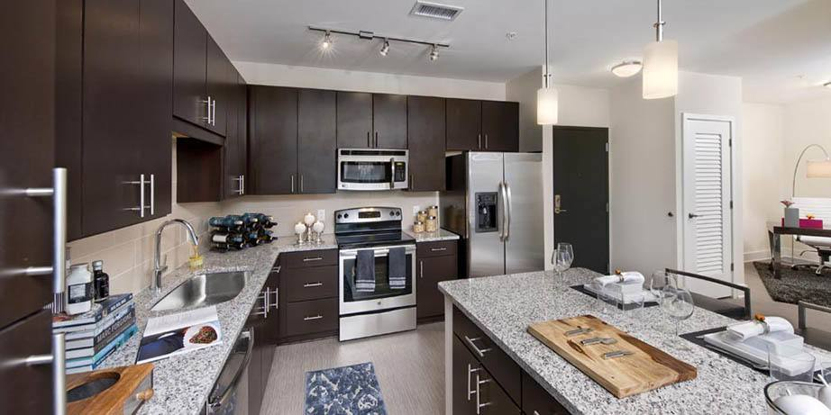 Perfect Wonderful Kitchen Amenities Including Granite Countertops