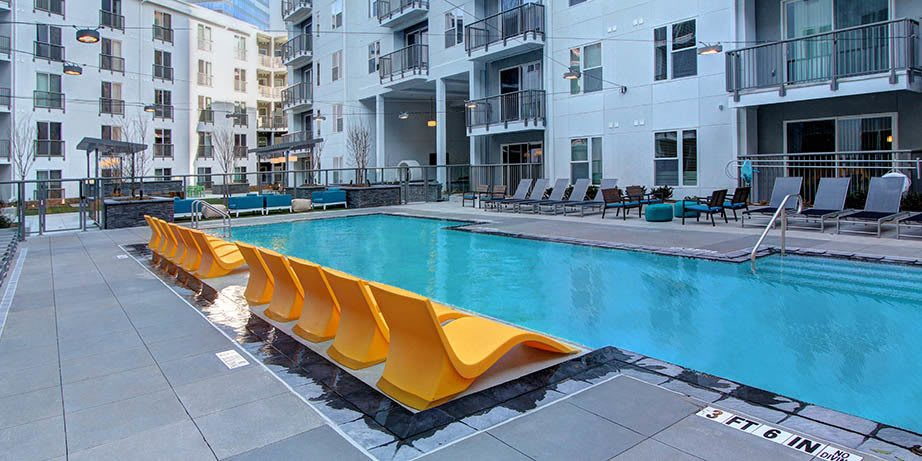 Luxury swimming pool at apartments in Atlanta