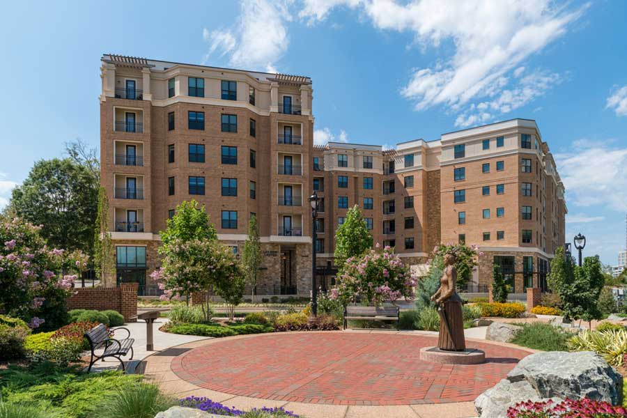 Berkshire Dilworth offers luxury apartments in Charlotte, North Carolina