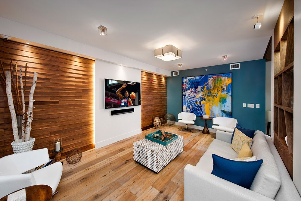 When your apartment home isn't quite large enough for the group you wish to entertain, we have a lavishly appointed clubhouse for our residents' use here at Berkshire Lauderdale By The Sea