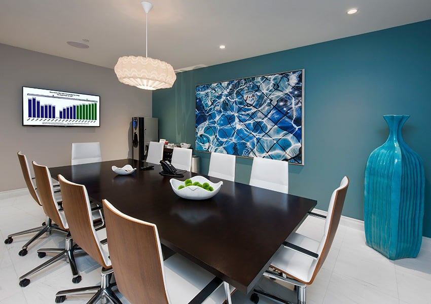 Need to host a meeting at Berkshire Lauderdale By The Sea? No problem. We have deluxe meeting rooms available for our residents' use.