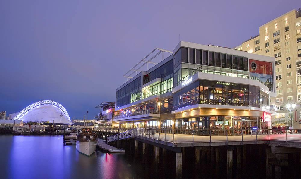 Lakeside Entertainment At The Benjamin Seaport Residences