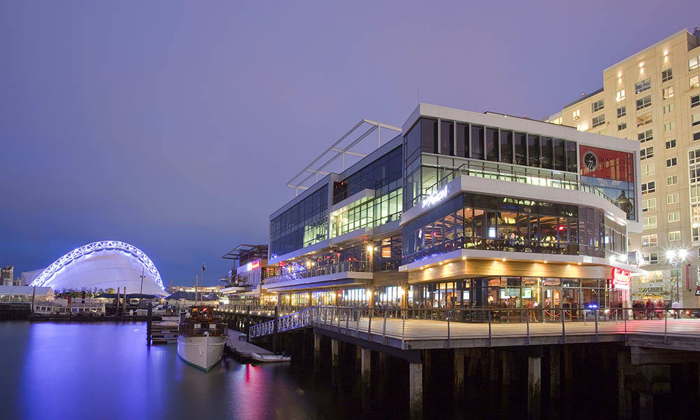 Waterfront dining in VIA Seaport Residences