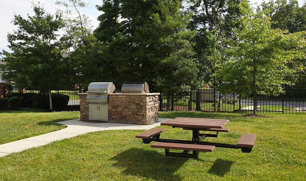 Outdoor BBQ area at our Annapolis apartments