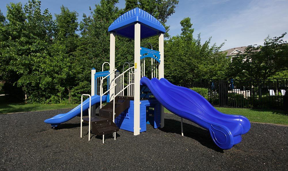 Annapolis MD apartments with a playground