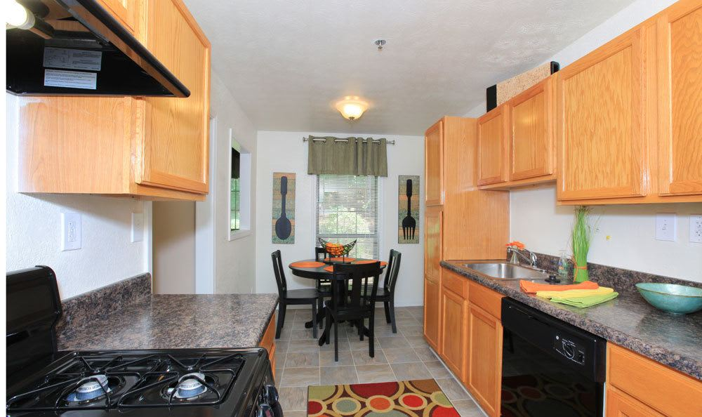 Smyrna ga apartments for rent the berkshires at vinings - 1 bedroom apartments everything included ...