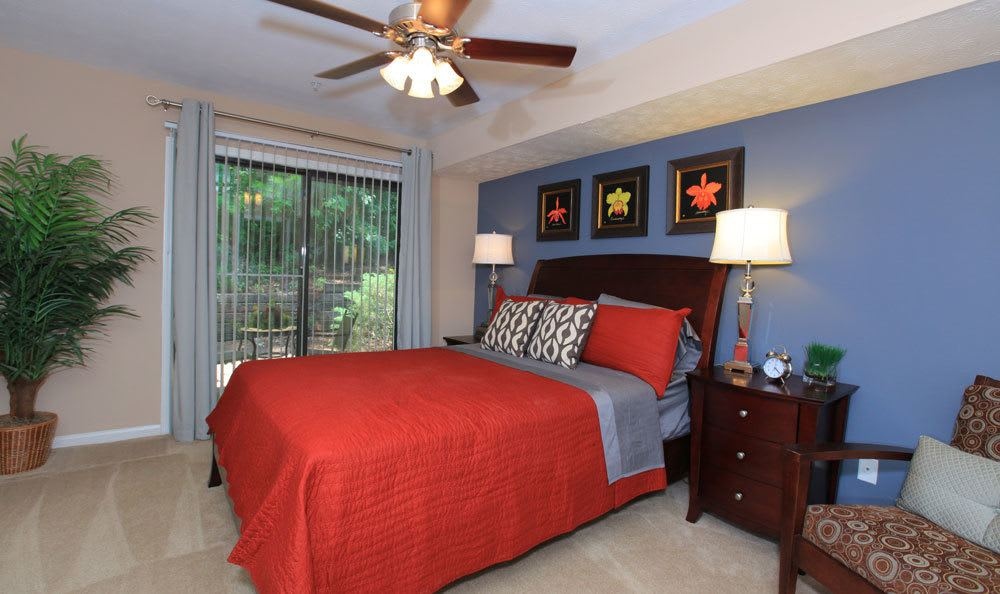 Spacious bedrooms at the apartments in Smyrna