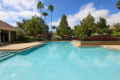 Orlando apartments with a sparkling swimming pool