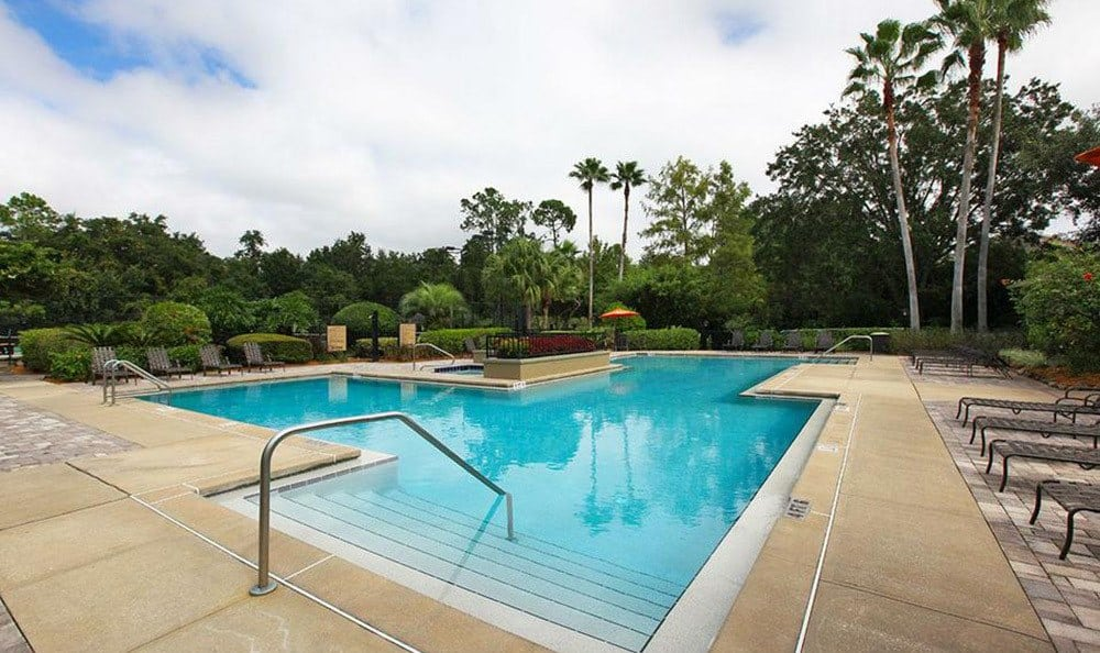 The swimming pool at our Orlando apartments