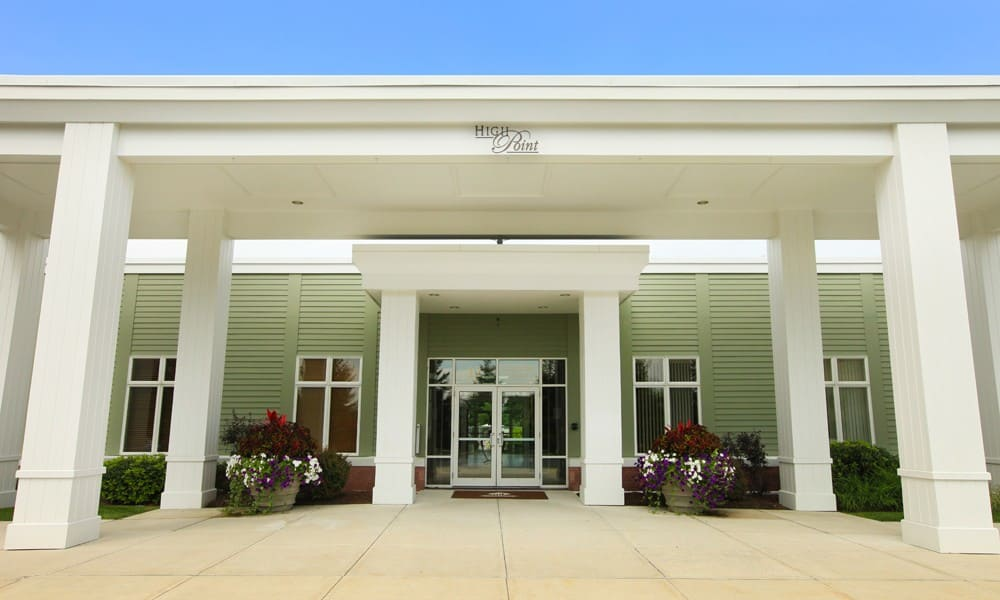 Quincy Apartments leasing center