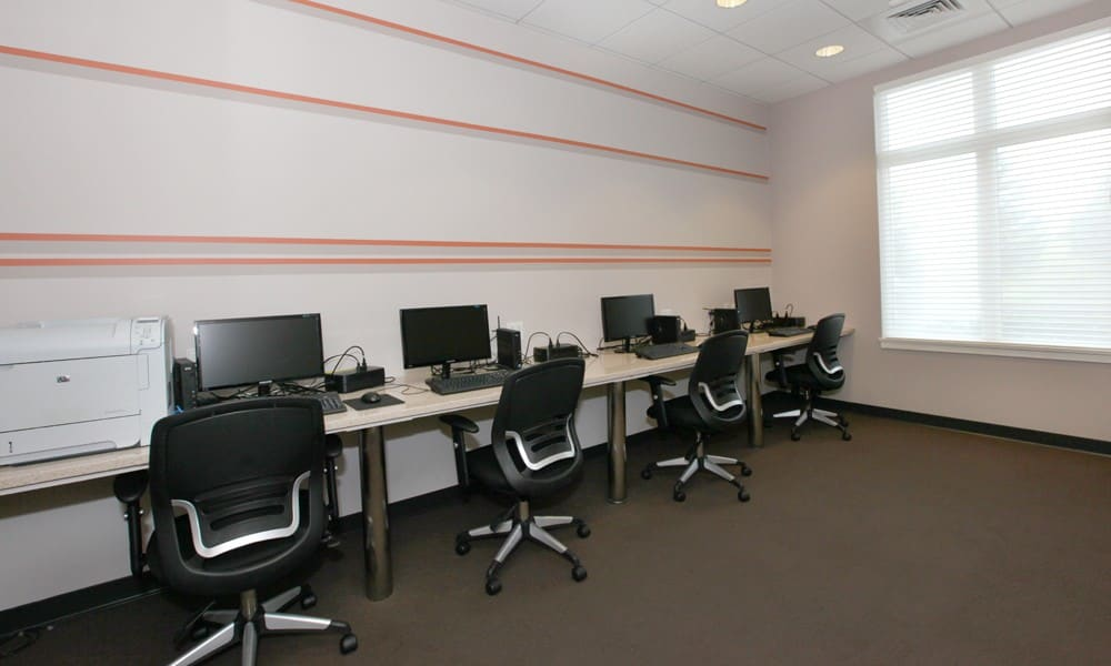 Business Center at the apartments for rent in Quincy