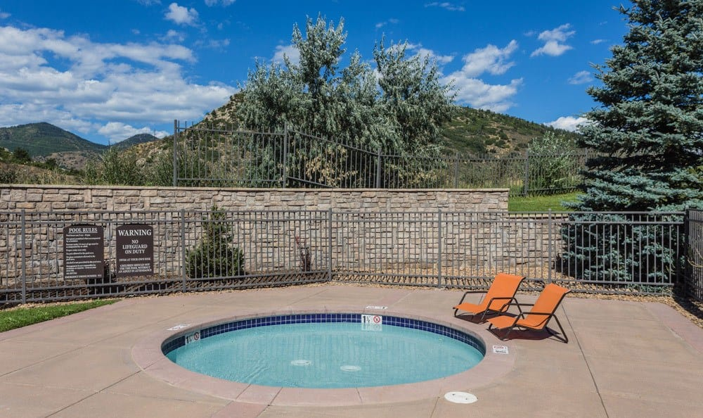 Inviting Outdoor Hot tub at Apartments in Littleton