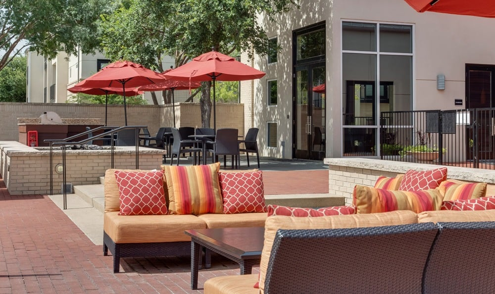 Comfortable seating outside our Dallas apartments in TX