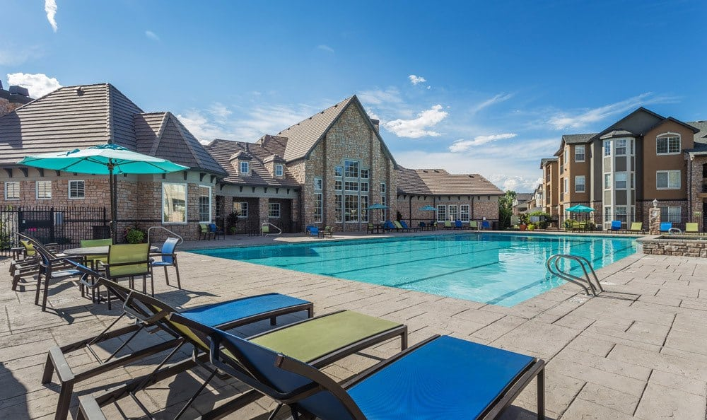 Swimming pool at Thornton apartments