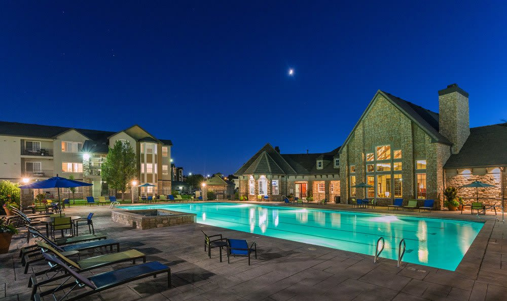 Beautiful Outdoor Pool and Hot tub at Red Hawk Ranch