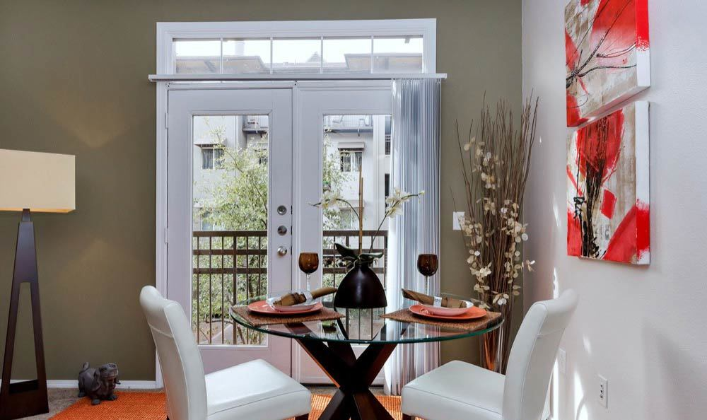 Elegant dining room at Phoenix apartments
