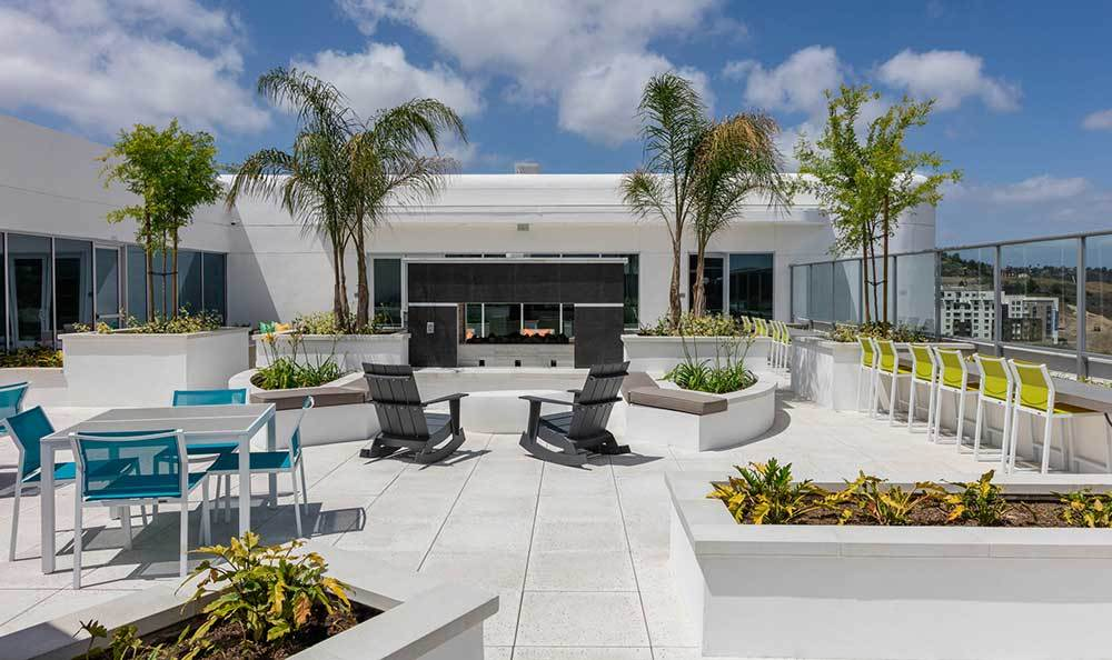 Skye at Laguna Niguel has a rooftop lounge