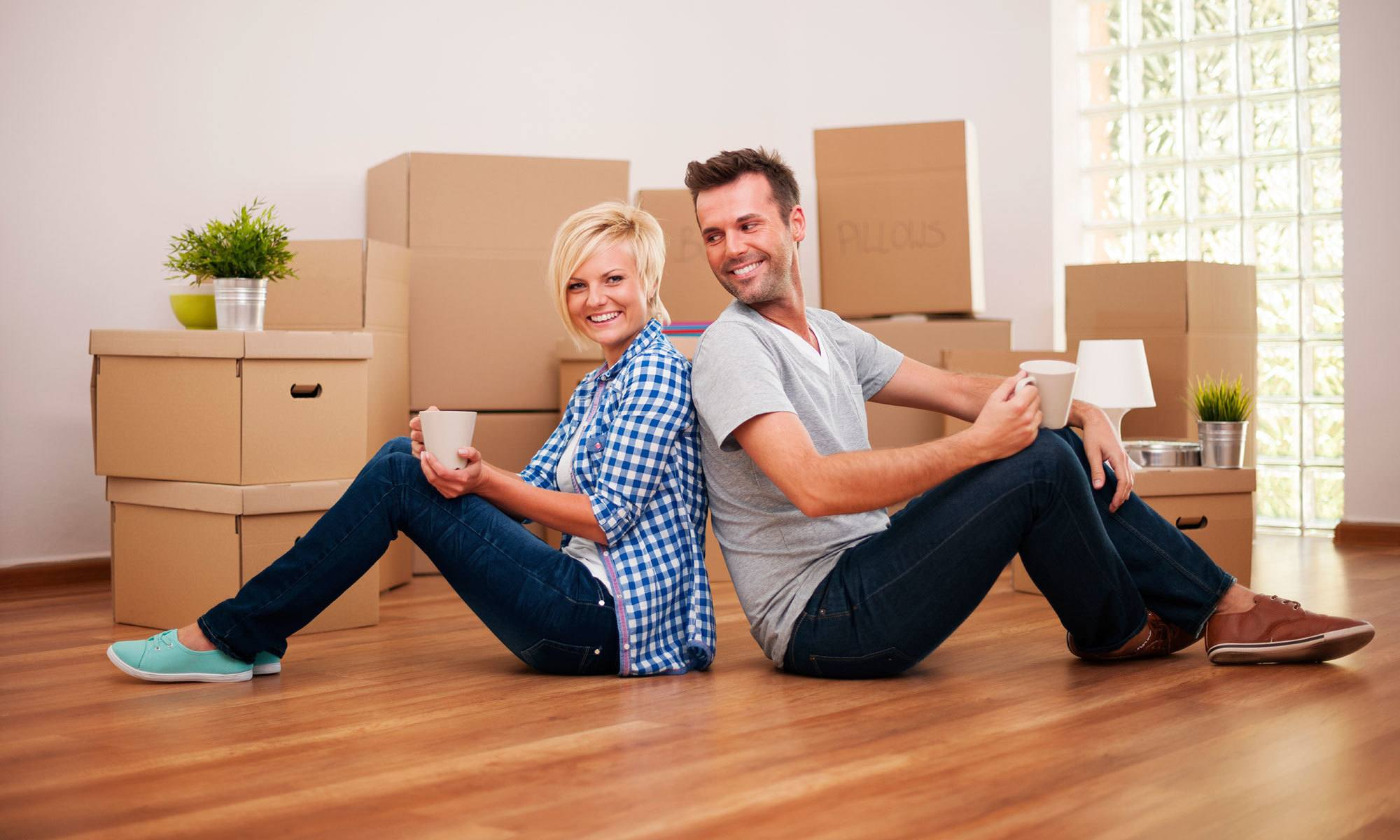 Couple moving with Urban Self Storage