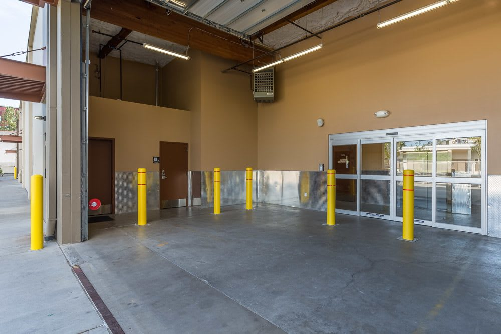 Entryway to self storage facility located in Portland, OR