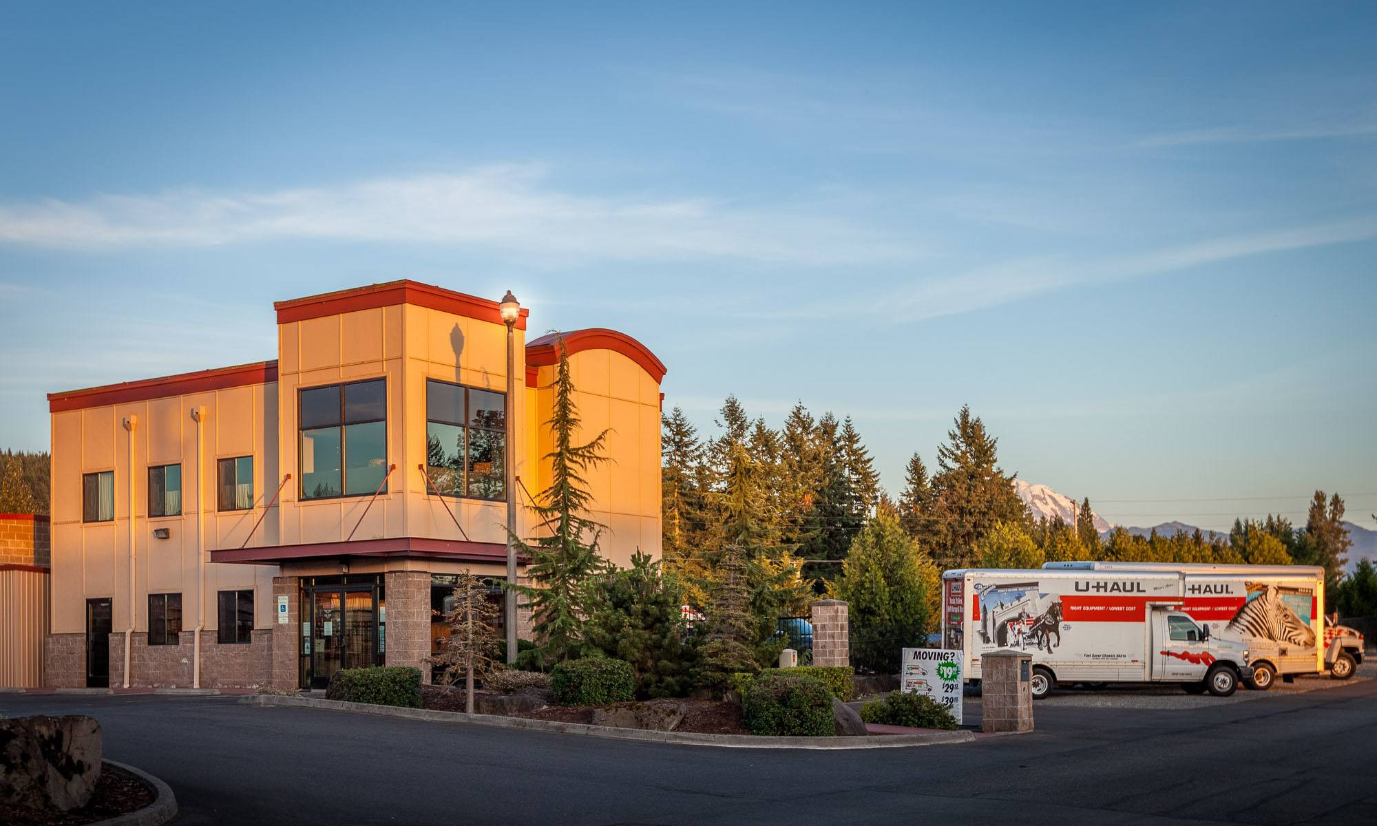 Exterior of self storage facility in Enumclaw, Washington