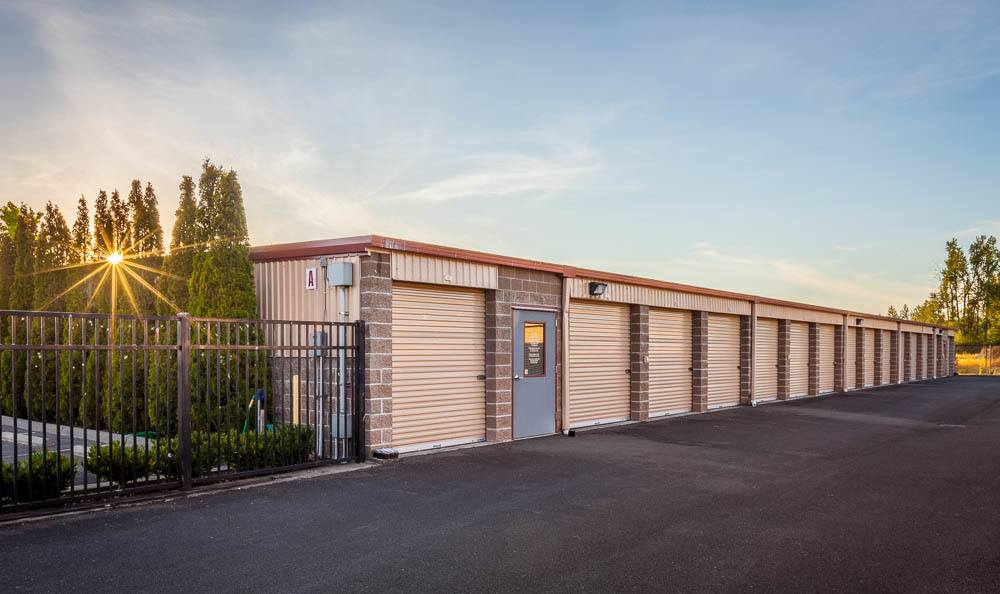 Self storage facility in Enumclaw exterior storage units