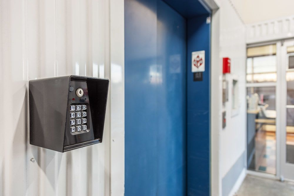 Advanced security features to keep your self storage safe in Seattle, Washington