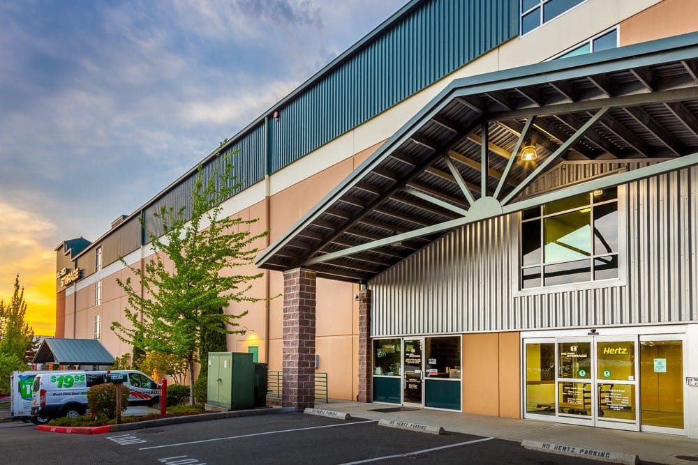 Easy to locate and convenient self storage facility in Bellevue, WA.