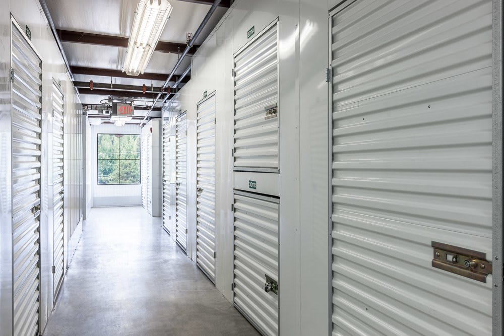 Many different self storage unit sizes are available for your convenience in Sammamish, WA.