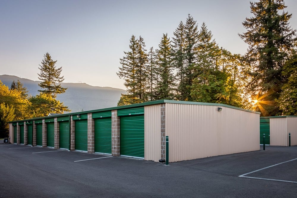 Large locking self storage units in North Bend, WA