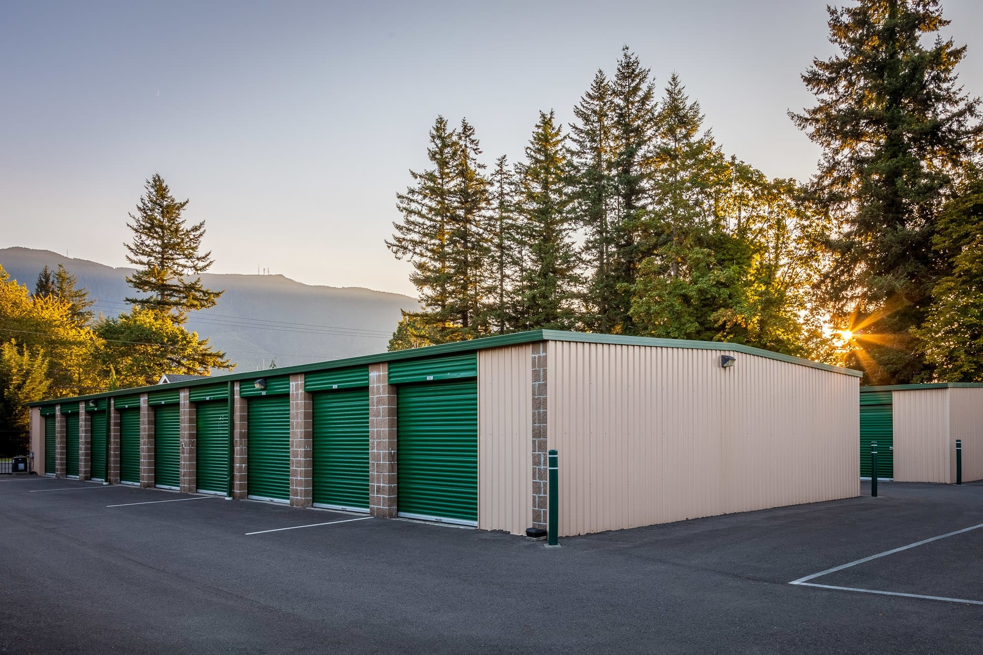Exterior of self storage facility in North Bend, Washington