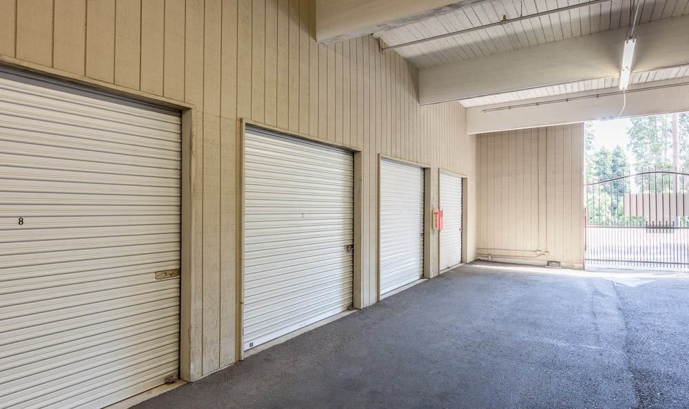 Outside units at the self storage in Renton