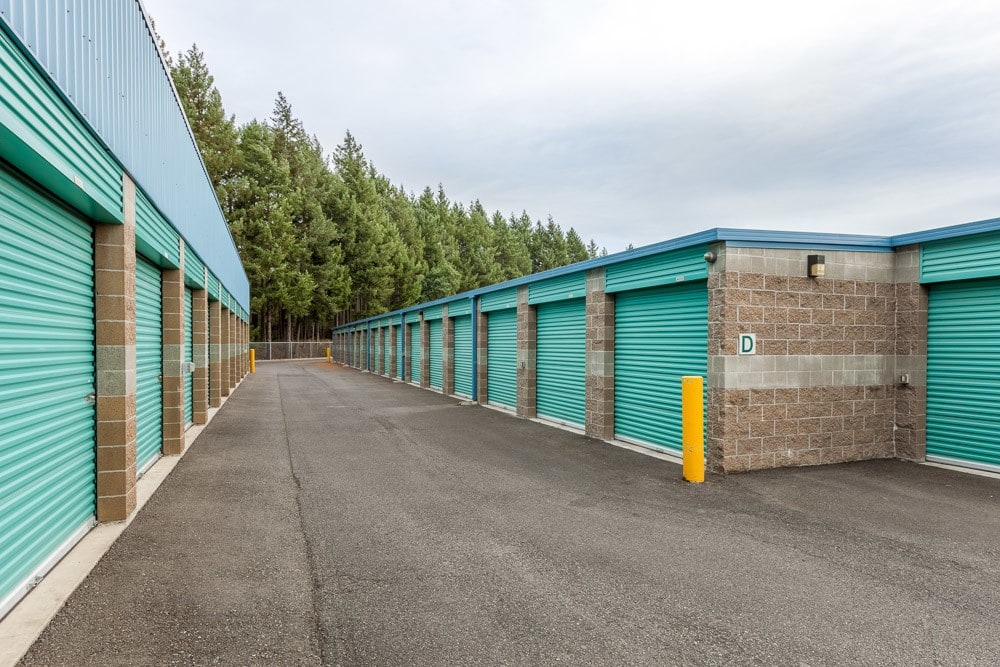 Exterior self storage units in DuPont, WA.