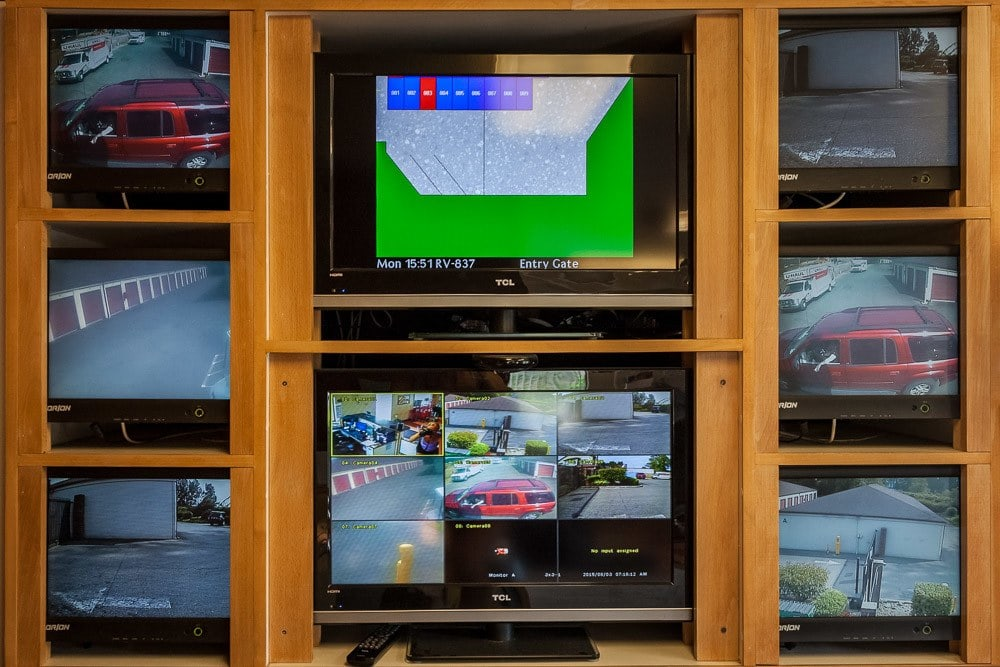 Security monitors keep your self storage safe in Puyallup, WA