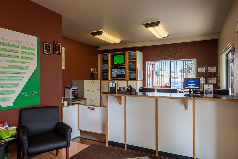 Self storage office located in Puyallup, WA