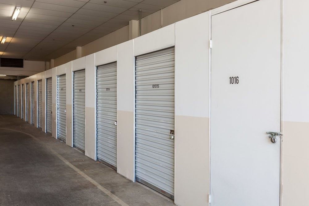Various self storage units available in Seattle, WA