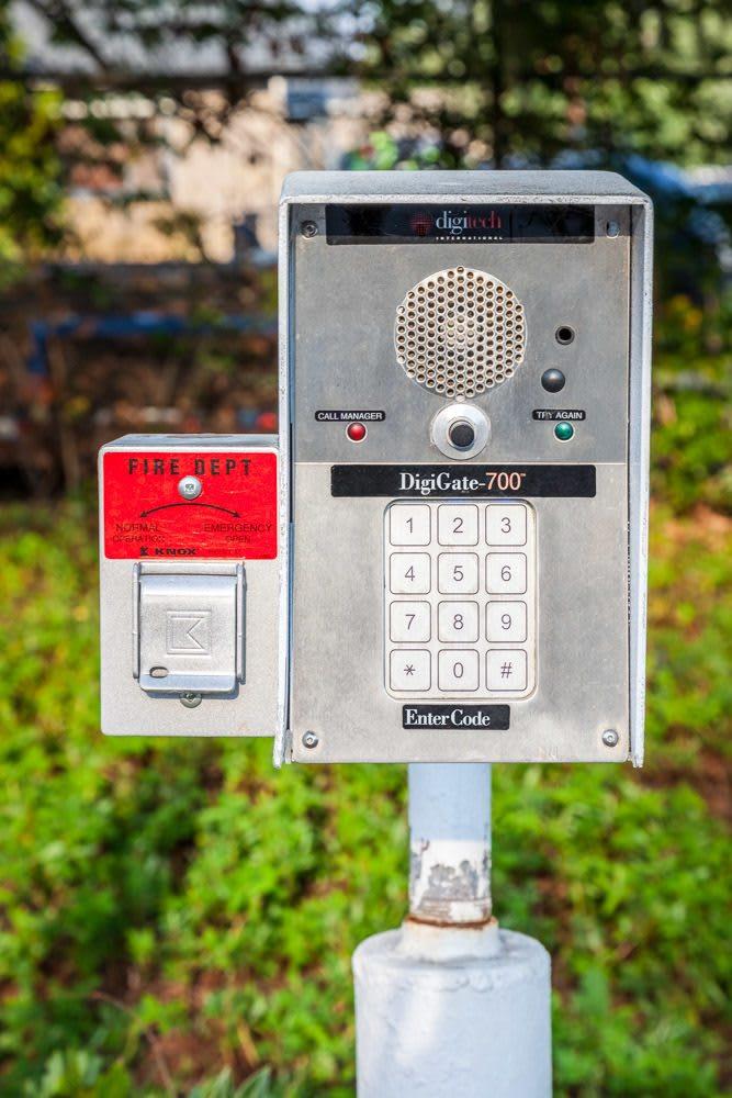 Keypad keeps your storage safe in Redmond, WA.