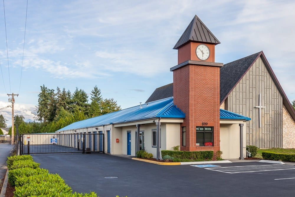 Front view of self storage facility in Marysville, WA