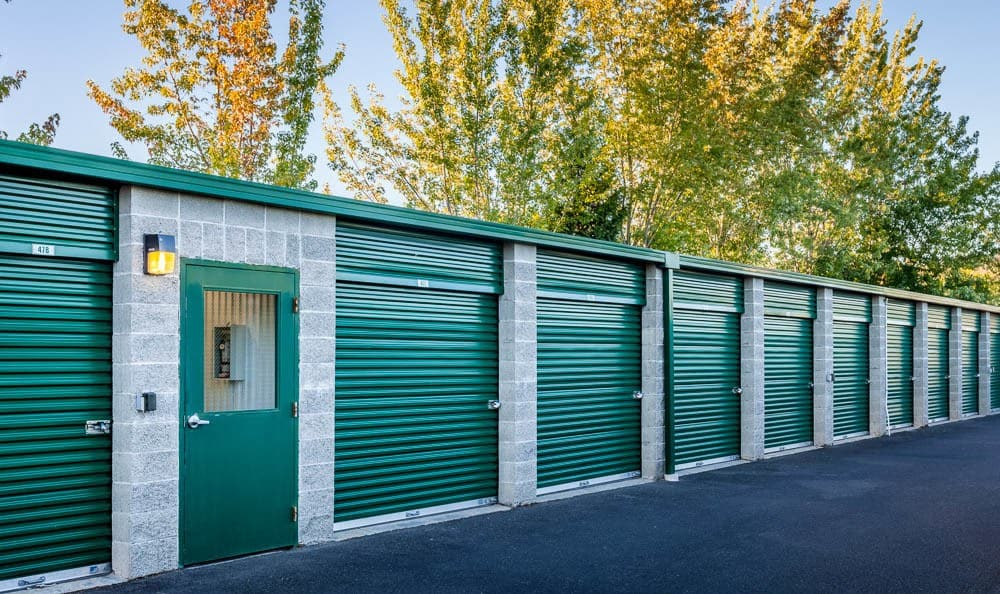 Row of exterior self storage units in Auburn