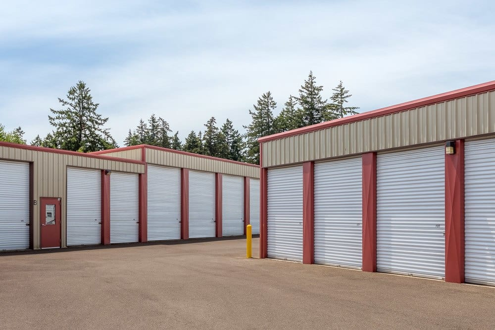 Superbe Exterior Self Storage Units Located In Keizer, OR.