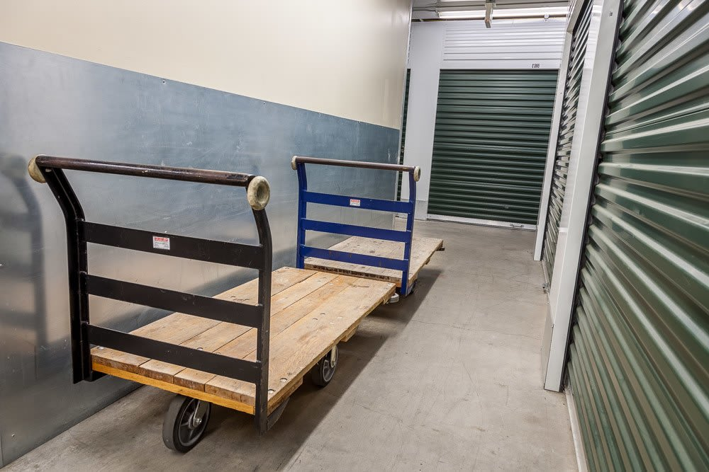Dollies to help make self storage simple in Everett, WA