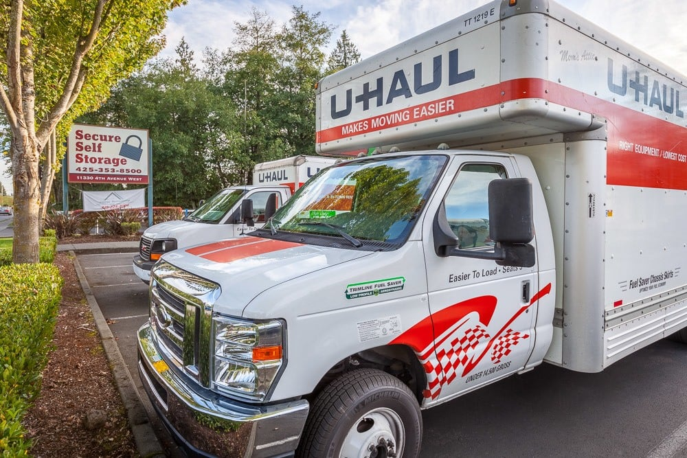 Rental trucks available for your self storage needs in Everett, WA