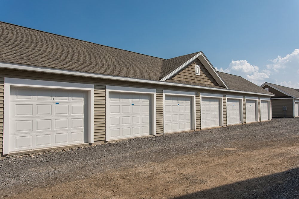 Beautiful apartments building with garage in Henrietta, NY