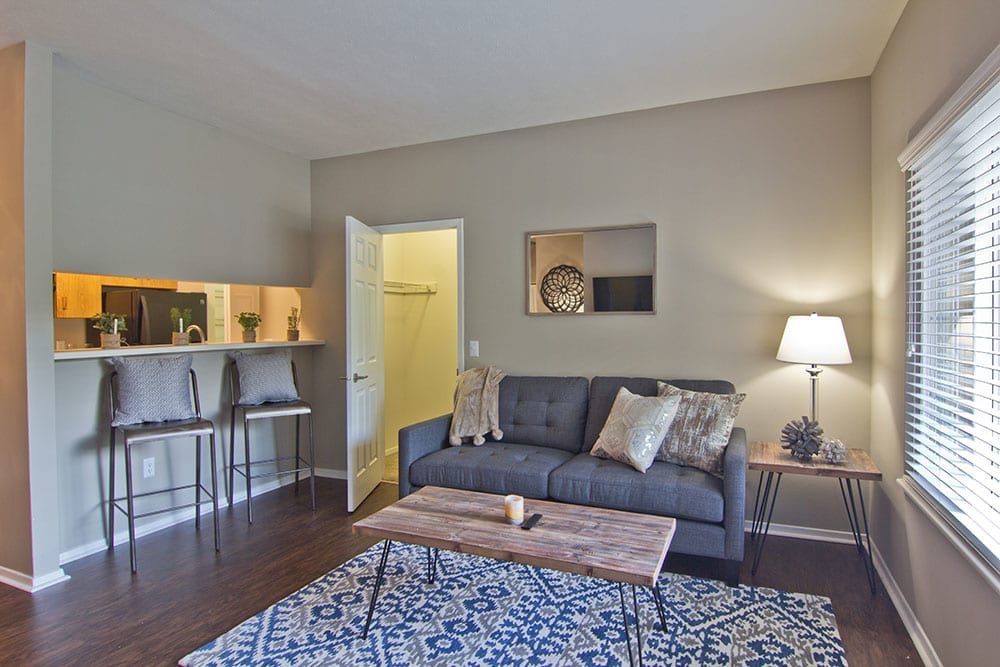 Spacious living room at Perry's Crossing Apartments in Perrysburg, Ohio