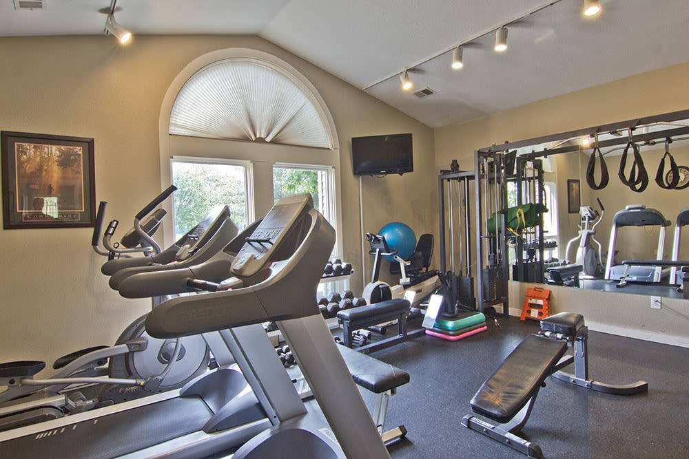 Modern fitness center at apartments in Perrysburg, Ohio