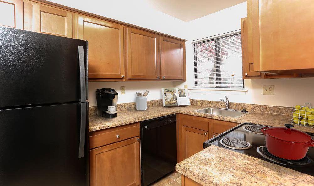 Example kitchen at Penbrooke Meadows Apartments