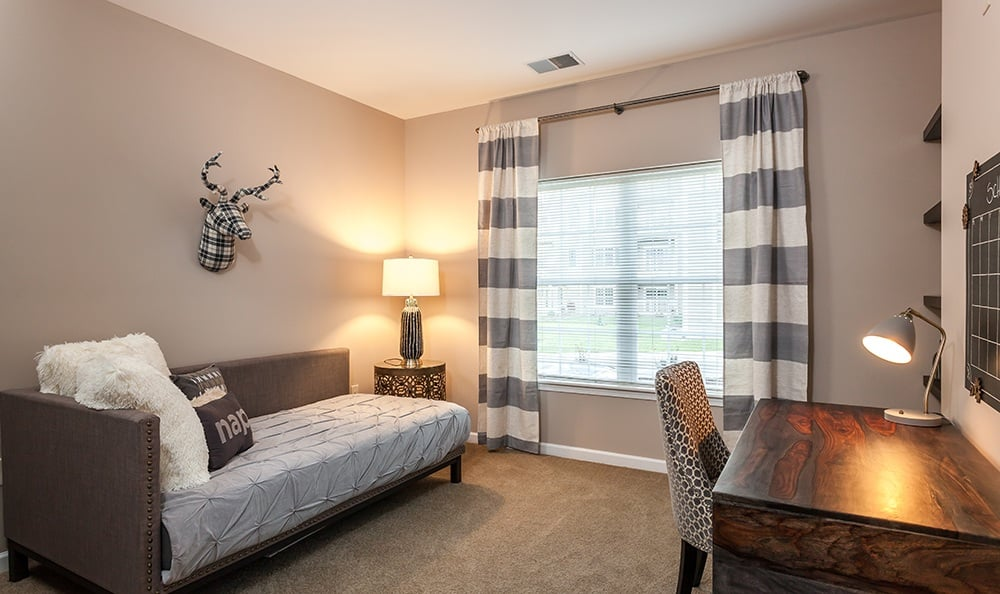 Resting at the end of the day couldn't be better. Waters Edge Apartments is the place to live in Webster, NY